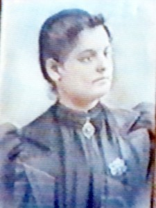 Ermenia Quilietti at the time of her wedding to Pietro Dante in 1901 in Woonsocket, Rhode Island.
