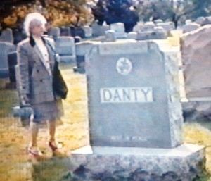 Betty Quilietti visiting the Danty [Dante] grave in Pawtucket 1992