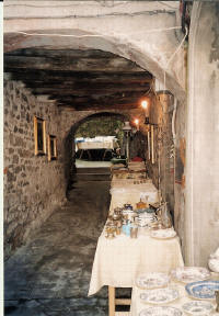 nooks and crannies Barga Maarkets